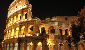 """""""La luna sul Colosseo"""" – Visita guidata serale ai sotterranei, alle gallerie ed alle arcate interne del Colosseo"""