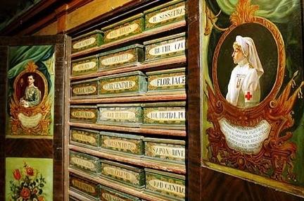 Farmacia di Santa Maria della Scala