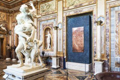 Lucio Fontana alla Galleria Borghese