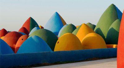 Un nuovo progetto ecologico con terra cruda a Hormuz